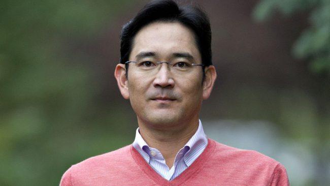 Фото - В Южной Корее выписан ордер на арест руководителя Samsung Electronics