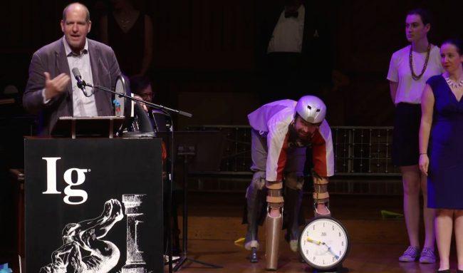 Фото - В США завершилась церемония вручения Шнобелевской премии