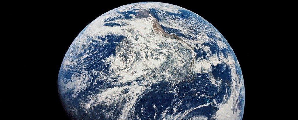 Фото - Земля обладает далеко не самым большим запасом воды в Солнечной системе