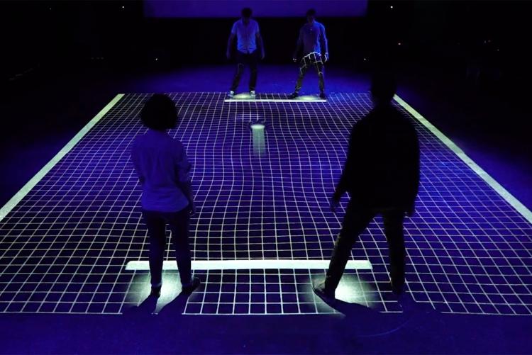 Фото - Видео дня: двигаем ногами — играем в интерактивный «пинг-понг» GRID»
