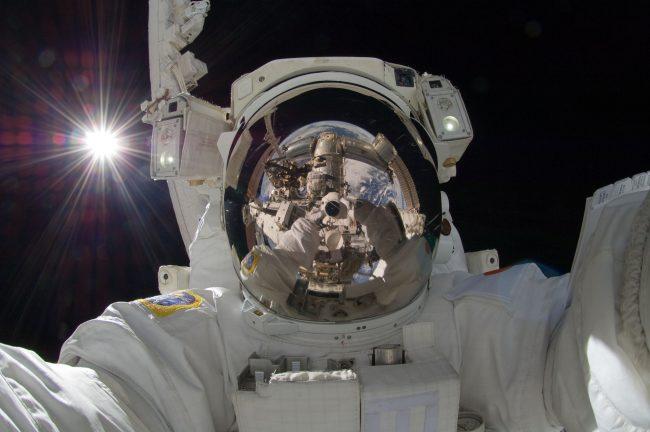 Фото - 10 вещей, которые происходят с вами и вашим телом в космосе